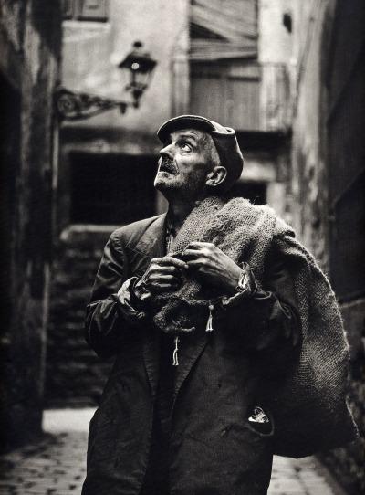 eugeni-forcano-the-sack-man-el-hombre-del-saco-calle-de-las-moscas-barcelona-1962
